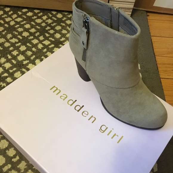 8712f7365a8 Madden Girl Shoes | Taupe Booties Size 65 | Poshmark
